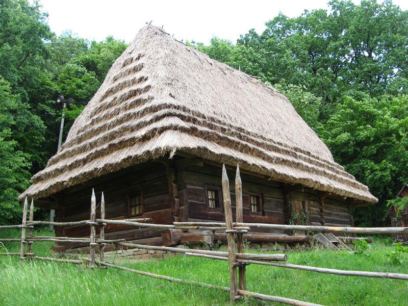 Фото 10. Хата 1841 р. з Бойківщини, НМНАПУ