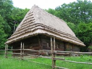 Хата 1841 р. з Бойківщини. НМНАПУ