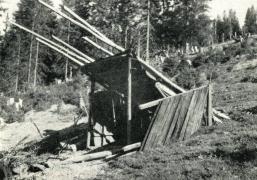 Іл.74. КОЛИБКА (застайка). Чорна Тиса