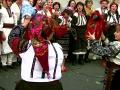 Танцюють хрещені матері молодих